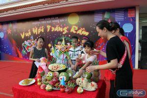 Trường tiểu học Đông Hải 2 cho học sinh bày mâm ngũ quả đón Trung thu