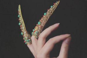 Vì sao các phi tần nhà Thanh luôn đeo 'nhẫn móng tay'?