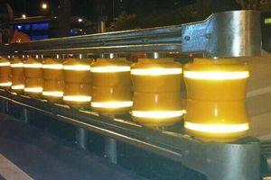TP.HCM: Lắp hộ lan bánh xoay tại 2 giao lộ trên đường Mai Chí Thọ