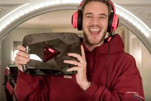 PewDiePie được YouTube tặng nút 'Red Diamond' đỏ chói, trên thế giới chỉ có 2 kênh được vinh dự này