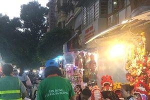 Hà Nội: Phường Hàng Mã đảm bảo vệ sinh môi trường chợ Trung thu