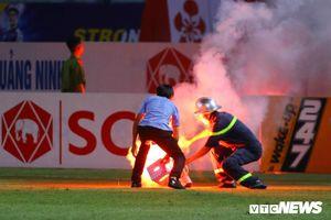 Treo sân Hà Nội FC hết mùa giải, cấm CĐV Nam Định đến sân khách 2 trận