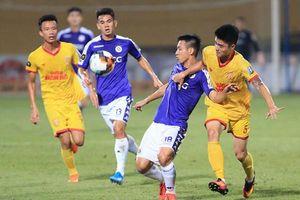 Hà Nội bị 'treo sân' hết mùa giải, Công an triệu tập nhiều cổ động viên Nam Định