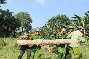VKSND, Công an huyện Hương Sơn giúp dân xây dựng Nông thôn mới