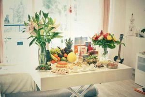 Ngày Rằm mùng 1: Cúng hoa này trên bàn thờ bảo sao trời phật không chứng, Thần Tài ngoảnh mặt quay đi