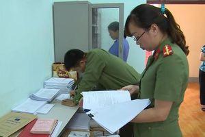 Khởi tố nguyên Trưởng phòng An ninh chính trị nội bộ Công an tỉnh Hòa Bình