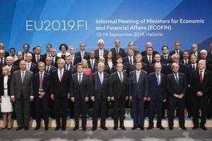 EU xem xét đơn giản hóa quy định tài chính