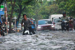 Mưa dông, lốc kèm gió giật mạnh ở Tây Nguyên và các tỉnh Nam bộ