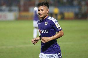 Siêu phẩm đá phạt của Quang Hải lọt top 5 bàn thắng đẹp nhất tháng 8