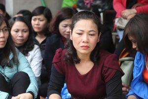 Cách làm bất nhất của Hà Nội khiến giáo viên hợp đồng 'sốc nặng'