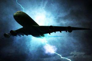 Trải nghiệm lái máy bay thẳng vào tâm bão
