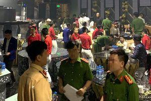 Hàng chục dân chơi phê ma túy trong quán bar 386 ở Sài Gòn