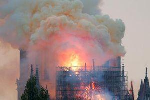 Paris nhiễm độc chì sau vụ cháy Nhà thờ Đức Bà, người dân hoang mang lo sợ