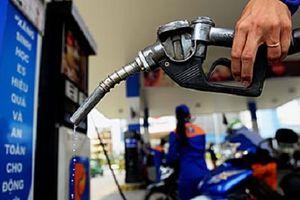 Giá xăng trong nước dự kiến tăng trở lại từ đầu tuần tới