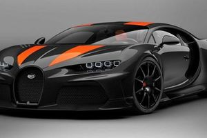 Siêu xe Bugatti Chiron cán mốc 490 km/h