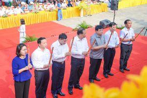 Hùng tráng màn diễn xướng hội quân trên dòng Lục Đầu giang