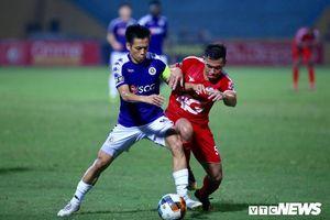 Hà Nội FC nghe tiếng cổ vũ từ ngoài sân để ngược dòng hạ Viettel