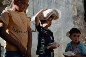 Nga chuyển 3 tấn hàng viện trợ nhân đạo cho người dân Aleppo, Syria
