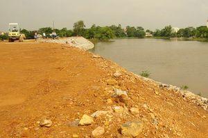 Sự cố sạt lở đê hữu sông Lương qua xã Đại Xuyên: Đang khẩn trương khắc phục hậu quả