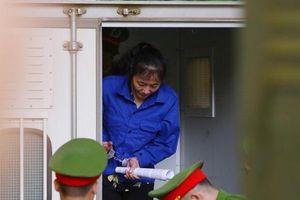 Xử vụ gian lận điểm thi ở Sơn La: Triệu tập 91 người, chỉ có 16 người có mặt