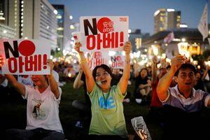 Sẽ sớm chính thức loại Nhật Bản khỏi 'Danh sách trắng', Hàn Quốc vẫn để ngỏ đối thoại