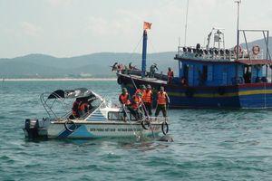 Tìm thấy thi thể nạn nhân tàu NA 93010 TS bị chìm trên vùng biển Quảng Bình