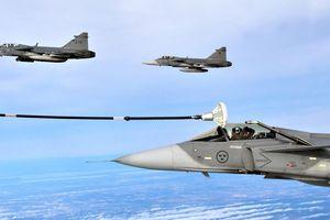 Nhận diện tiêm kích JAS-39 Gripen đầy uy mãnh của Thụy Điển