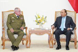 Thủ tướng tiếp Tổng Tham mưu trưởng các Lực lượng vũ trang Cách mạng Cuba