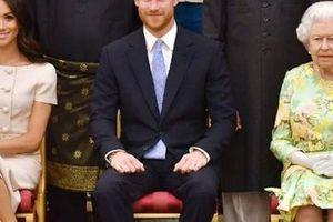 Khách được khuyên tránh nhắc Meghan trước mặt Nữ hoàng