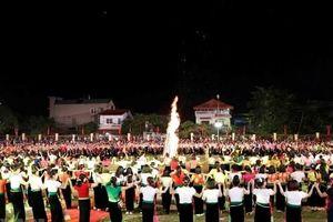 Bộ VHTTDL lên tiếng về việc đăng ký xác lập kỷ lục Guinness 'Màn đại xòe Việt Nam lớn nhất thế giới'