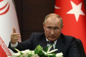 Ông Putin đề nghị Saudi Arabia mua hệ thống tên lửa của Nga