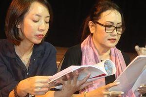 Diễn viên hài Thu Trang diễn... cải lương