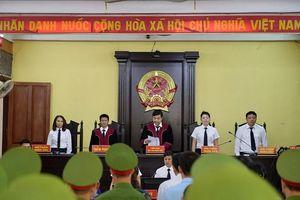 Vắng nhân chứng, hoãn xử vụ án gian lận điểm thi ở Sơn La