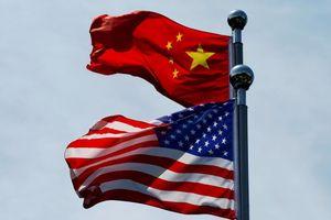 Kinh tế ảm đạm, Trung Quốc bớt rắn với Mỹ