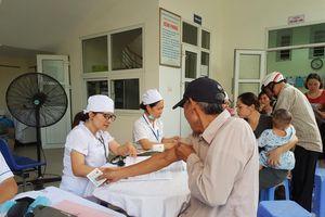 Hơn 2.000 người đã khám sức khỏe sau vụ cháy công ty Rạng Đông