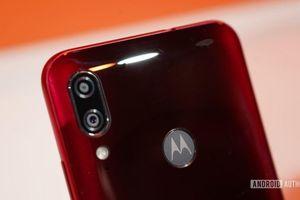 Moto E6s ra mắt với chip Helio P22, RAM 4GB, giá 112 USD