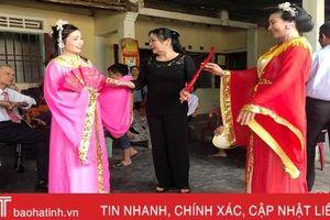 Vợ chồng nghệ nhân 'giữ lửa' trò Kiều trên quê hương Đại thi hào Nguyễn Du