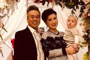 Ca sĩ Nguyễn Hồng Nhung chia tay chồng Việt kiều