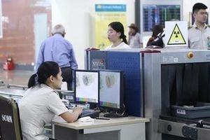 Hành khách người nước ngoài bị tóm gọn sau khi trộm ví tiền tại sân bay