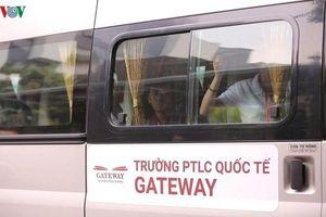 Bỏ quên học sinh trên xe: Đồ Rê Mí bị đình chỉ, Gateway lại không?