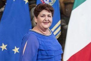 Italy: Bộ trưởng chỉ học hết lớp 7