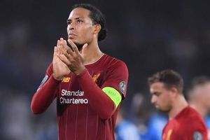 Trung vệ hay nhất thế giới 'biếu' cho đối thủ bàn thắng, ĐKVĐ Liverpool thua trắng ở trận ra quân Champions League
