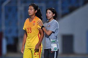 'Nữ tướng' bóng đá Hong Kong tiết lộ vì sao đến Trung Quốc