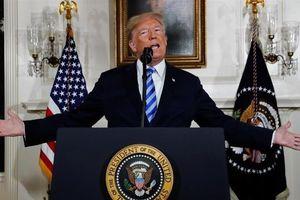 TT Trump tiếp cận nước đôi với Iran, 'lên đạn' và dụ đàm phán