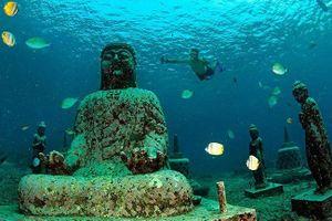 Ngôi đền bí ẩn trở thành điểm lặn thu hút ở Bali