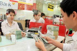Ngân hàng siết tín dụng ngoại tệ: Biện pháp mạnh chống đô la hóa