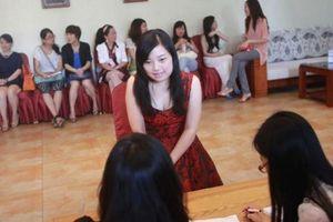 Bí mật trong ngôi trường dạy cách lấy chồng đại gia ở Trung Quốc
