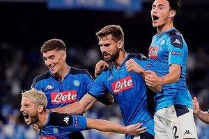 Hành quân tới 'miền đất chết' San Paolo, nhà vô địch Liverpool gục ngã trước Napoli