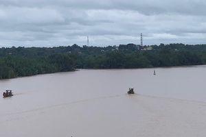 Đồng Nai: Hai người thương vong khi đang hút trộm cát trên sông