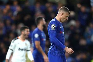 Chelsea và Liverpool thua sốc trong ngày mở màn Champions League